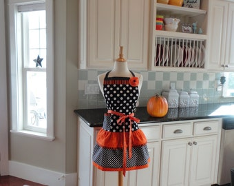 Best Witches  ~READY TO SHIP ~ Halloween Apron - Fall Apron ~4RetroSisters