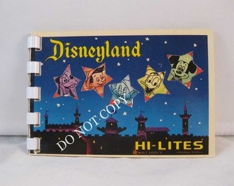 Vtg 1960's DISNEYLAND HI-LITES Souvenir Color Photo Booklet Small World Disney