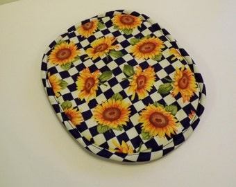 Insulated Pot Holder, Pot Holder, Quilted Potholder, Sunflowers