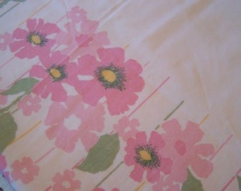 Vintage Twin Flat Sheet, Abstract Floral,No Iron Percale, Mod 1970s  Pink Flowers, Orange Centers