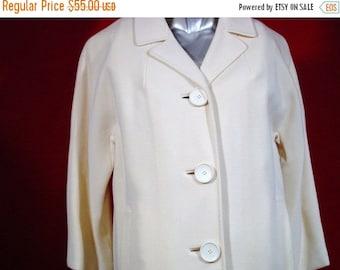 "CLEARANCE SALE Vintage 1950's Elegant Winter White Wool Coat very ""MAD Men"""