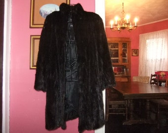 Beautiful Ladies Mink Coat