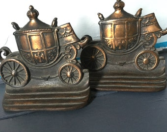 Vintage stagecoach Bookends