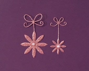 """Very Pretty """"Precious Daisy"""" Die Cuts  - Glittered with Pearls - 8 Pieces!"""