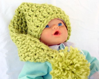Crochet baby hat lime green newborn infant 0-6 month bulky chunky pompom long elf headwarmer headwear photography prop shower gift soft warm