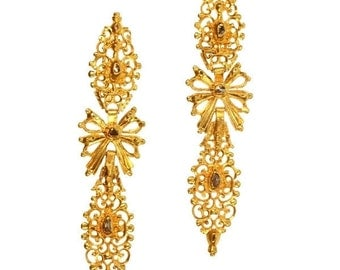 Antique Portuguese long dangle earrings with rose cut diamonds in high carat gold