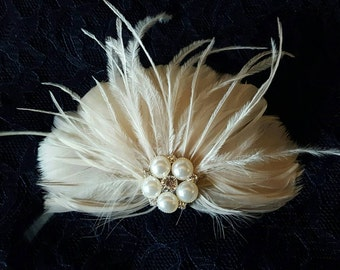 Wedding Hair Accessories, Feather Hair Clip, Bridal Hair Comb, Wedding Fascinator, Ivory Comb, Feather Hair Clip , Ivory Bridal Hair Clip