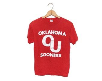 Vintage 70's Blue Bar Champion Oklahoma Sooners College Crewneck T-Shirt Made in USA - Medium