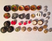 Vintages Mixed Button Lot Bakelite Ceramic Celluloid
