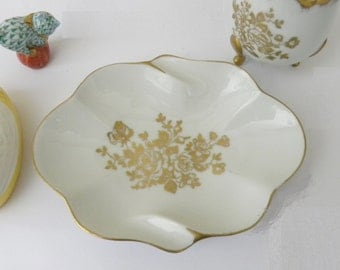 Vintage Royal French Limoges Porcelain Trinket Candy Dish Gold with White / Shabby Chic Home Decor