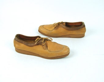 1960's Camel Color Leather Lace Up Shoes by Kraus of Los Angeles, Women's Size 7 N