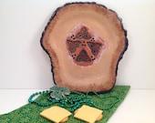 Celtic knots serving dish/celtic pottery/irish pottery/trident/plate/serving dish/black and tan