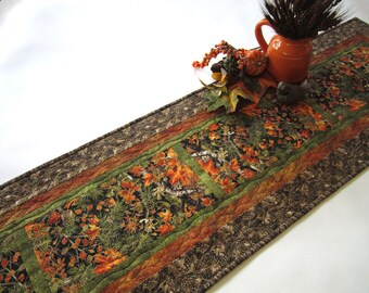 Fall Quilted Table Runner, Handmade Table Runner, Fall Leaves, Pine Cones, Tablerunner, Table Runner, Home Decor, Fall Decor, Autumn