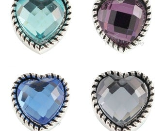 Mini snap charms for Petite Ginger Snaps jewelry and other small snap jewelry. Mini heart snap charm is 12.9 mm.