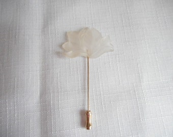 Vintage Lucite Leaves Stick Pin Hat Pin