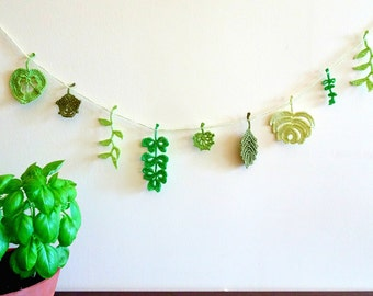 Green leaves decor - crochet leaves garland - green leaves garland - spring leaves garland - spring wedding decor - garden party ~39 inches