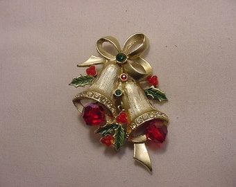 Vintage Double Bells And Holly Christmas Brooch   15 -73