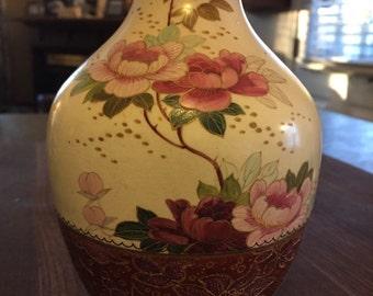ROYAL DOULTON BURSELM Beautiful Vase
