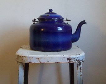 Antique tea kettle graniteware 1880s thistleware deep blue enamelware large tea kettle wood handle use or display