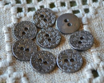 20 Buttons Antiqued Black Gunmetal Lead Free Pewter Button Findings 15mm