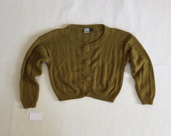 olive green crop cardigan | 90s crop sweater