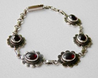 Vintage Garnet Bracelet, Victorian Revival, January Birthstone, 925, Flower Jewelry, Floral Bracelet, Sterling Silver Links, Chain Bracelet