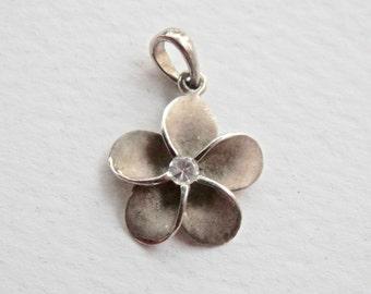 Daisy Charm, Daisy Pendant, Flower Pendant, Rhinestone, Flower Necklace, Sterling Silver