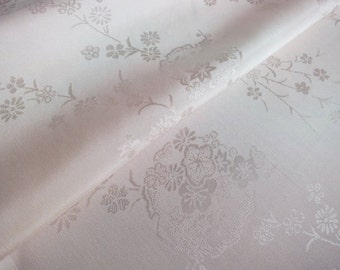 Japanese pure silk Pale pink Floral pattern