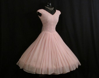Vintage 1950's 50s Bombshell PINK Ruched Quilted Chiffon Organza Party Prom Wedding Dress Gown