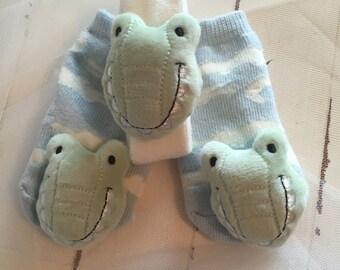 Rattles … Alligator