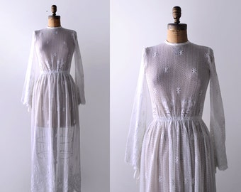 1960's crochet lace dress. 60 boho wedding gown. maxi. xs. bridal. 60's white dress.