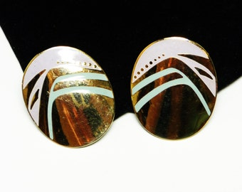 Laurel Burch Dangling Oval Pierced Earrings - Enamel Pastel Pink & Goldtone Abstract Geometric Retro Era Designer Signed
