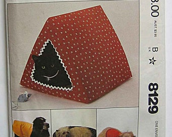 Pet House or Cat or Dog Bed, Toy Mouse and Dog Coat in Two Sizes, McCall's 8129 Sewing Pattern UNCUT