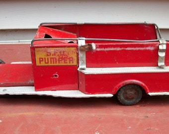 Vintage Red Metal Structo S.F.D. Fire Truck Pumper for Restoration or Parts