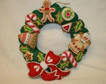 Vintage Gingerbread Christmas Wreath Felt Sequins Wall Hanging Pillow