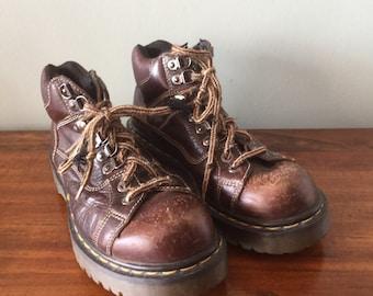 Vintage Brown Dr. Martens England  lace up boots size UK 6Mens U.S. 7 women's 8