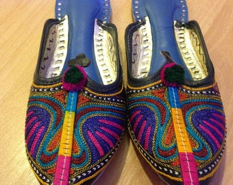 Indian Mojari eco friendly vegan handmade flats / slippers from Jaipur India ~ Leather size 5 or 5.5 woman / 38 EUR
