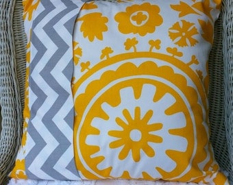 CLEARANCE SALE Grey and Yellow Chevron Reversible Throw Pillow Cushion Cover Color Block Pillow  18 x 18  Pillow Bedding Sham SHIPS tODAY