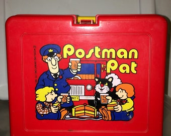 vintage 1983 woodland animations Ltd Postman Pat cartoon plastic lunch box RAD