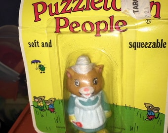 vintage 1976 Playskool Richard Scarry Puzzletown people Mother Cat soft and squeezable toy figure mint in package