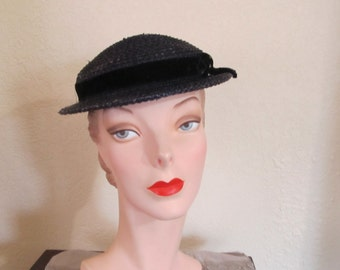 Vintage 1940's WWII  Era Navy Blue Small Brim Day Church Event Evening Hat