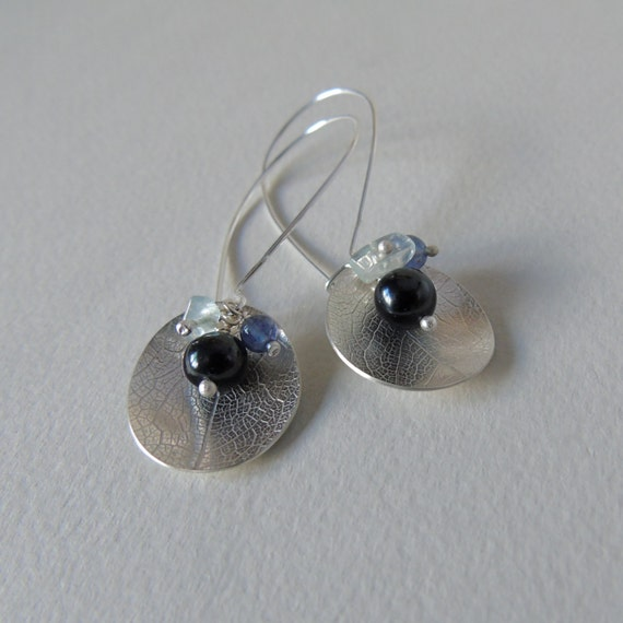 Silver leaf dish blue bead cluster earrings