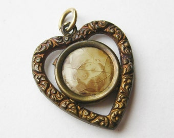Antique Victorian Heart Shaped Sweetheart Photo Necklace Pendant