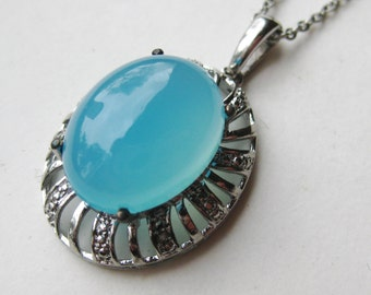 Vintage Sterling Silver Blue Chalcedony Necklace Pendant & Chain