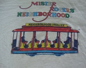 Vintage 1985 Mr. Rogers' Neighborhood Fred Rogers Telivision Show soft thin 50/50 White T Shirt XL