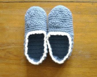 Crochet slippers for woman, winter socks in avion blue wool, home slippers