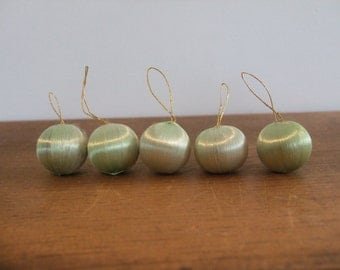 Miniature Vintage Silk Ball Ornament Set in Pale Green (5)