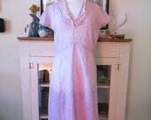 L, XL 30s dress, pink art deco floral print with lace trim