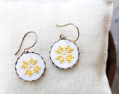 Cross stitch earrings with Ethnic embroidery in golden color e002gold