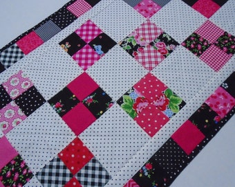 Quilted Table Runner Black White Pink, Quilted Dresser Scarf, Quilted Table Topper, Cottage Shabby Chic Table Quilt, Patchwork Table Runner